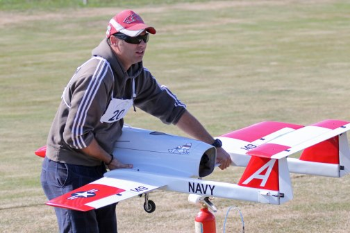 hamish-loveridge-prepares-his-jet-0t8a8558_26177555331_o