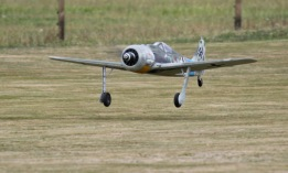 the-farrows-fw190-takes-off-0t8a9405_25970969470_o